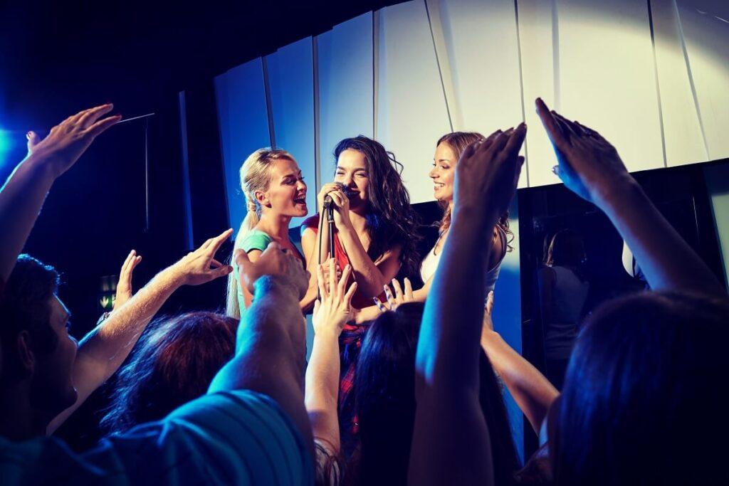 Karaoke Singers in Los Angeles, Karaoke party, Karaoke Show, Los Angeles