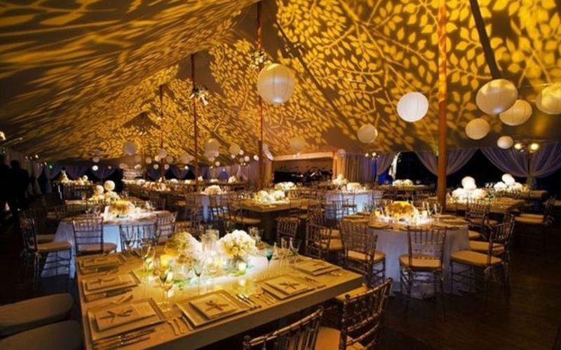 Ceiling pattern lighting