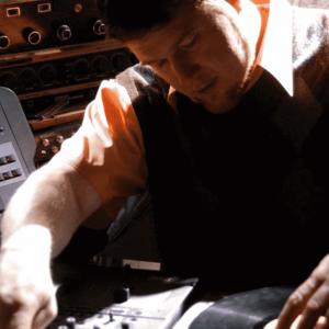 DJ-Mark-Bio-3-Square